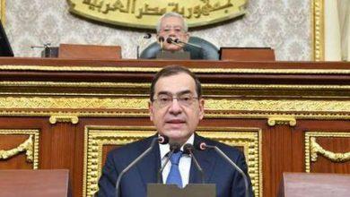 Photo of النواب لوزير البترول : التعيينات تتم عبر السماسرة والتسعيرة ٢٠٠ ألف جنيه