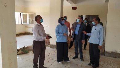 Photo of نائب محافظ الوادي الجديد تتفقد أعمال إنشاء المعهد الفني الصحي بالداخلة