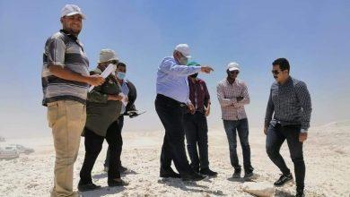 Photo of محافظ الوادي الجديد يتابع أعمال إنشاء المسار البديل لمنطقة النقب