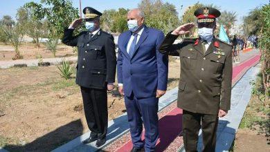 Photo of في ذكري عيد الشرطة 69 الزملوط… يضع أكليل الزهور على النصب التذكاري للشهداء