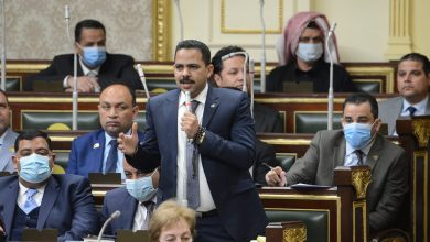 Photo of زعيم الاغلبية فى مجلس النواب ينتقد اجراء 9 تعديلات على قانون الضريبة على الدخل فى 3 سنوات