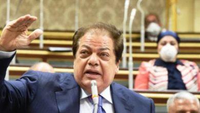 Photo of أبو العينين يطالب وزير المالية بإلغاء ضريبة الأطيان لتخفيف العبء عن الفلاحين