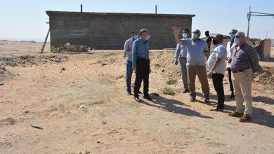 Photo of اللواء الزملوط يتفقد أعمال إنشاء الطرق حول مجمع المصالح الحكومية بالخارجة
