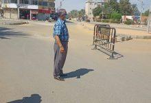 Photo of بالفيديو رئيس مركز الداخلة يتابع حركة السير بميدان المستشفى بعد التعديلات الجديدة