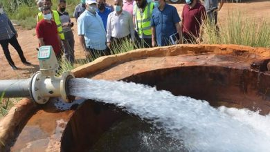 Photo of بالصور…المحافظ يتفقد مشروع تحويل آبار الري بالطاقة الشمسية بالداخلة